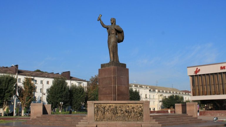 Памятник Марии-Кученей в г. Нальчик